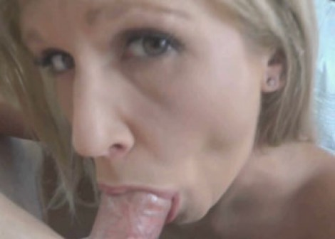 Jolene Devil takes the cum in her mouth